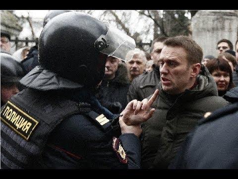 Навальный -- арест, но домашний / A24