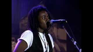 Tracy Chapman - Mountains O' Things (Live at Farm Aid 1992)