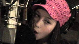 Don't Stop Believing cover by Cailee Spaeny