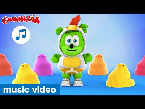 The Chicken Dance - Gummibär - The Gummy Bear Music Video