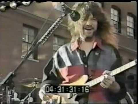 Van Halen - Poundcake (live 1991)