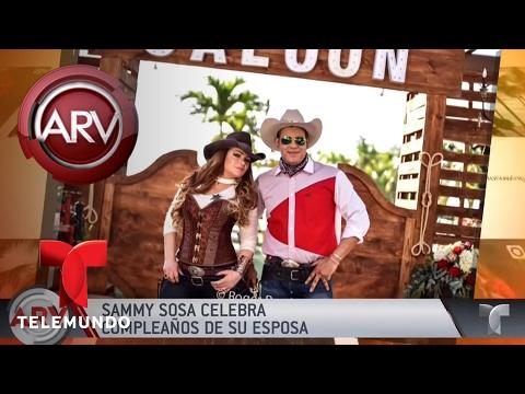 Sammy Sosa tira la casa por la ventana en cumpleaños   Al Rojo Vivo   Telemundo