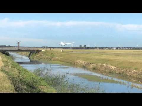 Planespotting at the Polderbaan #4