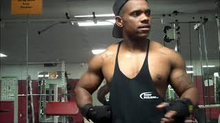 Workout: Gaining Definition In Your Back (Posing+ end Commentary)