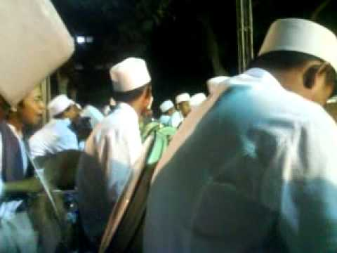 Ahbaabul Musthofa Madiun Yaa badrotin (intro Iwak peyek).MP4