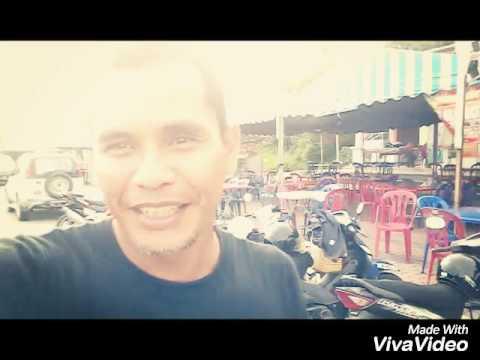 Mr.happy - Amira Aman & Yusmal Ghazali Sneakers Merah Jambu dan crew