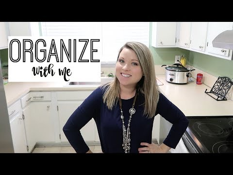 ORGANIZE & DECLUTTER MY KITCHEN CABINETS  | CLEAN WITH ME