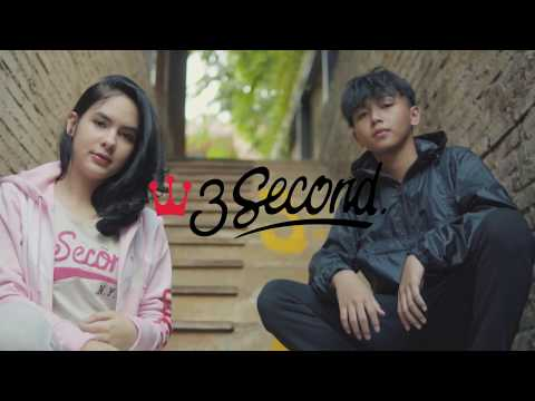 3Second - Nrazka & Steffie lookbook