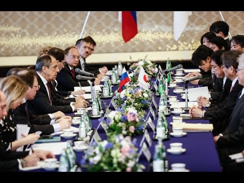 Sergey Lavrov and Fumio Kishida | С.Лавров на переговорах с Ф.Кисида