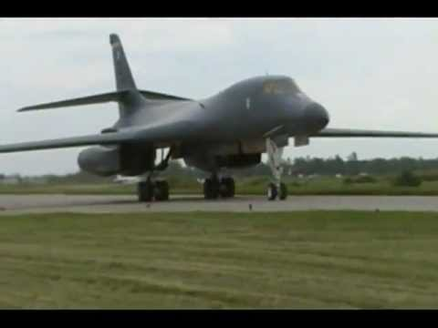B-1 Bomber High Speed Passes