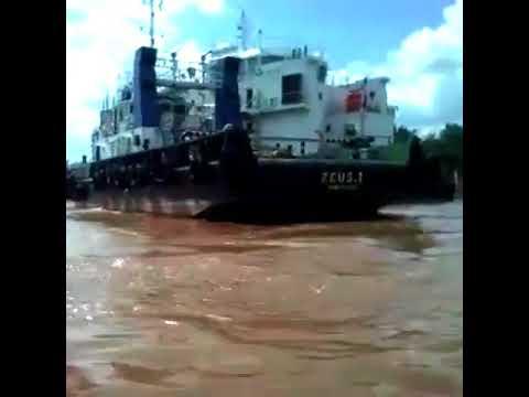 Floating Crane | PT. Pandu Putera Maritim