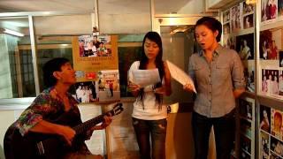 tieng gio xon xao - hatrang music