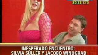 Silvia Suller vs Jacobo Winograd - La vecinita tiene antojo 000 thumbnail