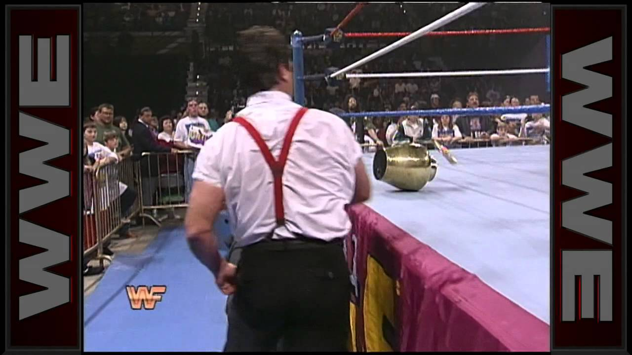 The Million Dollar Corporation steals The Undertaker's urn: Royal Rumble 1995