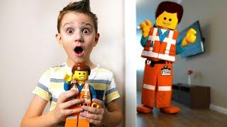 Откуда Взялся Огромный Эммет ?🙀Where Has A Huge Emmet Taken? Lego В Реальной Жизни На Didika Tv