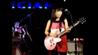 Shonen Knife ( 少年ナイフ) performing LIVE at The Musician, Leicest...