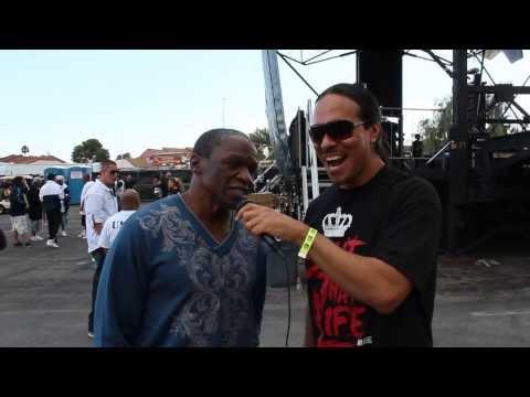 Floyd Mayweather rapping | mmaboxingworld.com