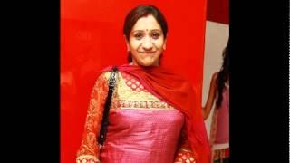 Niranja Mizhiyum Thalarnna Mozhiyum - Sujatha & Unnikrishnan.