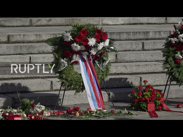Germany: Russian delegation marks 76th V-Day with flower-laying ceremony in Berlin