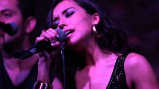 Tuğba YURT - Mask Live Club Klibi - Belki