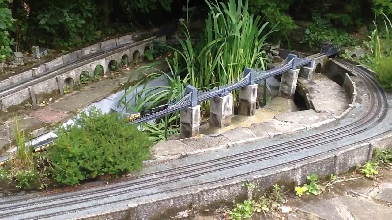 Lovely Daws Heath Garden Railway 00 Gauge 16/07/2017
