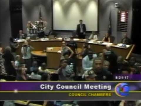 Chaos Erupts at Charlottesville City Council Meeting - YouTube