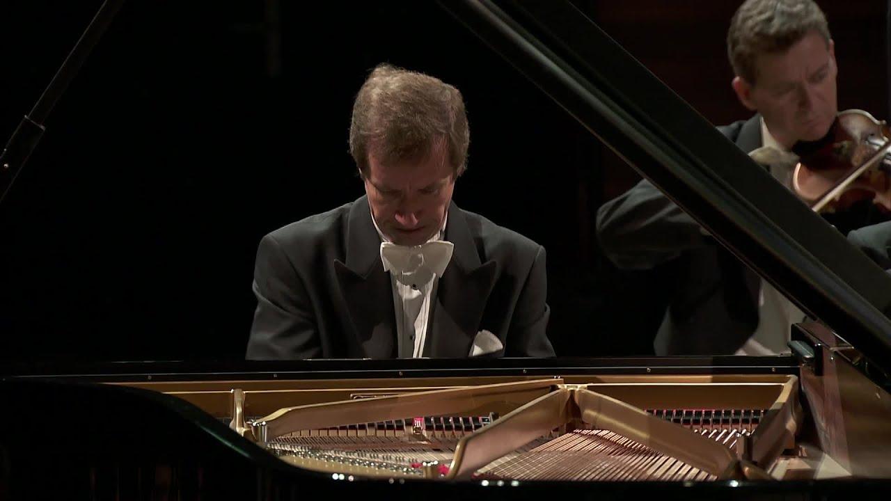 Rachmaninoff: Piano Concerto no 2 (Nikolaï Lugansky / Orchestre National de  France)