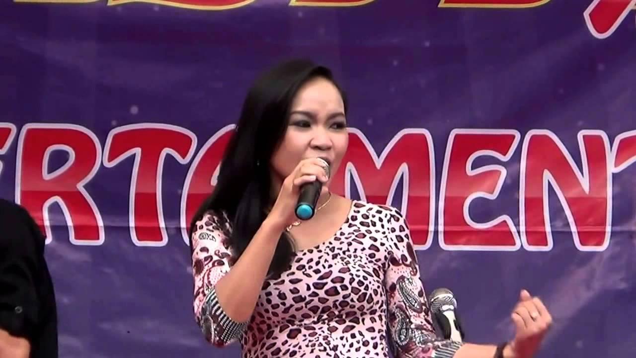 HOT Goyang Morena DANGDUT HOT PANJAYA PURBALINGGA SEXY - YouTube