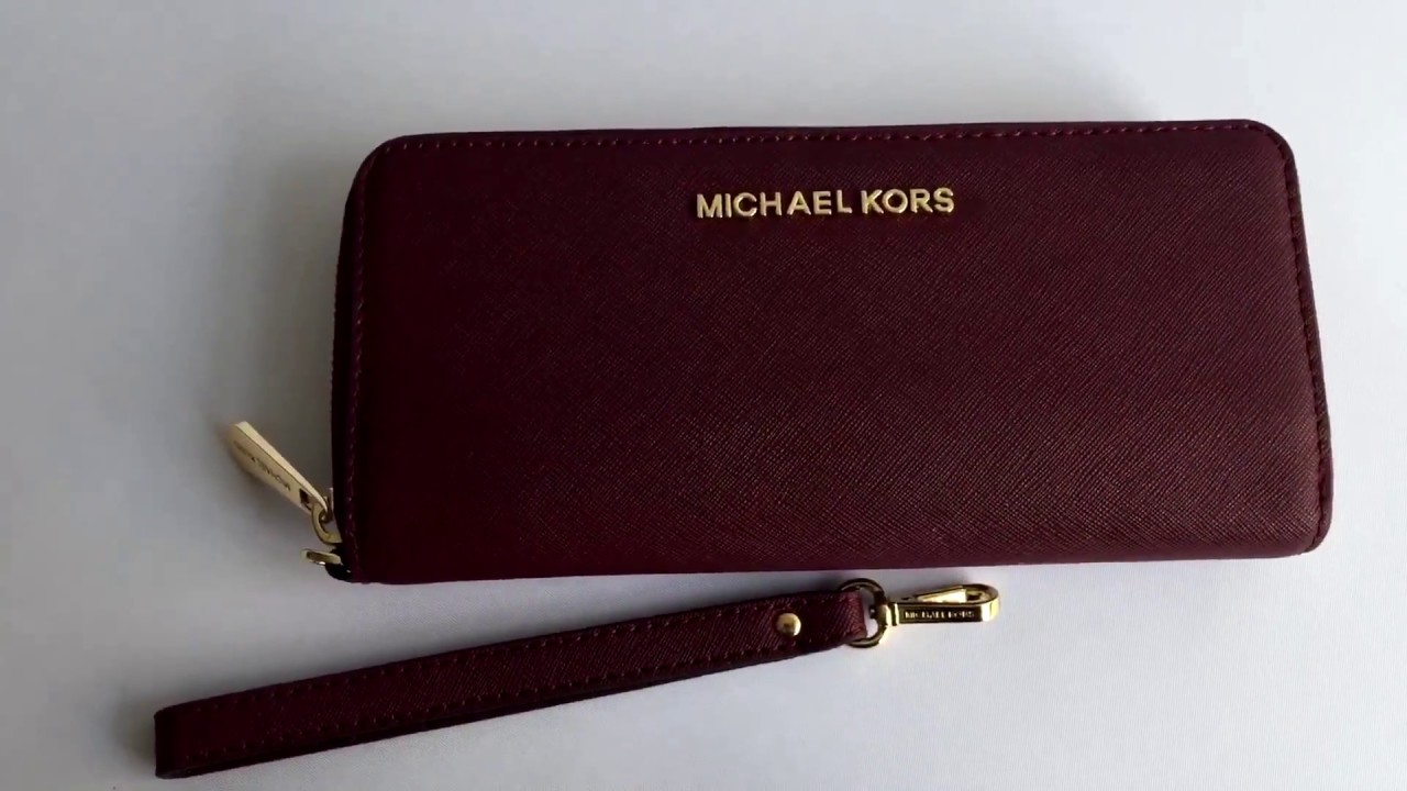 3fccf12099cd2 Кошелек MICHAEL KORS Jet Set Travel Leather Continental Wristlet ...