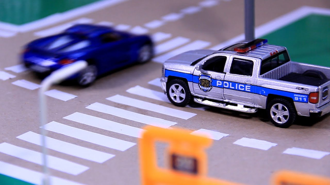 POLICE CHASE & CRASH with Police Car & Racing Car Video for Kids