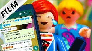 Playmobil Film Deutsch JULIANS WHATSAPP PRANK AN PHILLIP! VERLIEBTE NACHRICHTEN! Familie Vogel