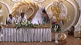Живой,оригинальный подарок на свадьбу (танец невесты с белым медведем)