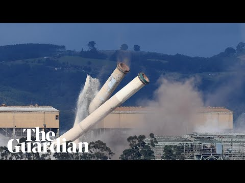 Hazelwood power station chimneys demolished