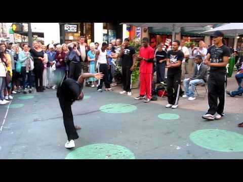 Видео, New York street dancers Уличные танцы Нью Йорка
