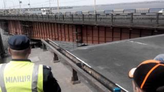 Разводка Варваровского моста г.Николаев 4.07.2015 часть 1