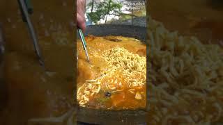 솥뚜껑 그리들에 고기 굽기 / 김치 굽기 / 라면 끓여…