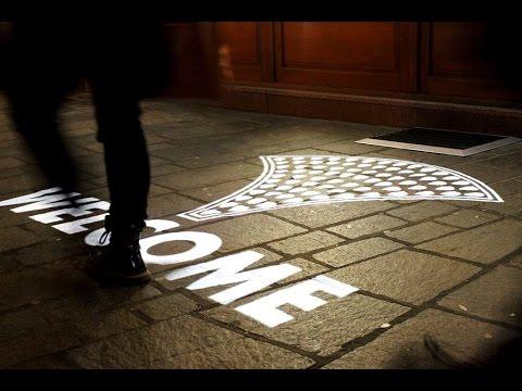 Projektor PHOS outdoor-venkovní světelná reklama na chodníku/vonkajšia svetelná reklama na chodníku