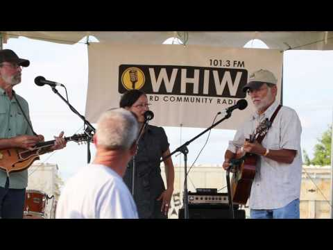 Harvard Balloon Fest 2016 - Band: Cheryl Niemo & The Down Home Boys (Video 2 of 11)