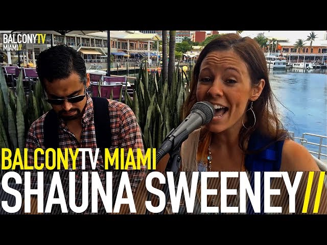 SHAUNA SWEENEY - NEXT TO YOU (BalconyTV) (BalconyTV)