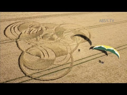 Fly Over Crop Circles (full English Version)