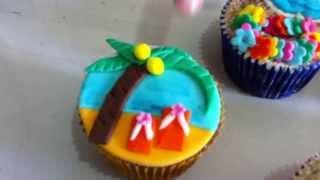 Bolo E Cupcake Com O Tema Praia - Hawaiian Cake