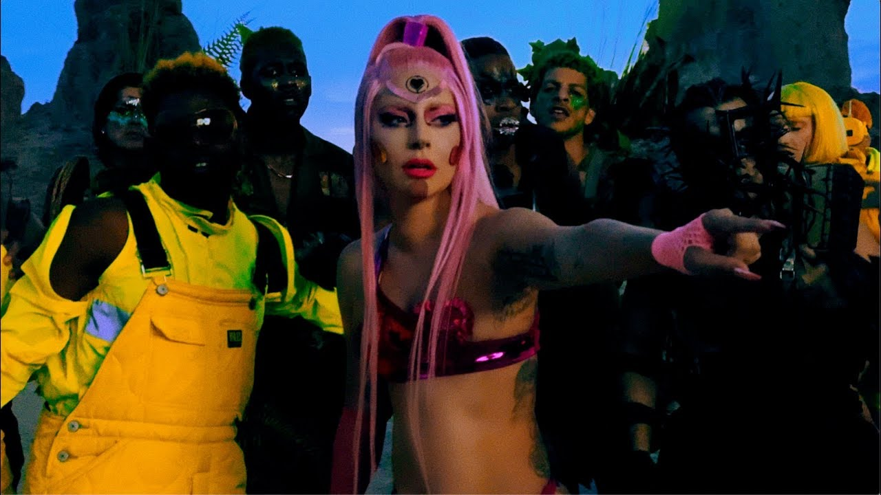 Arti Lirik dan Terjemahan Lady Gaga - Stupid Love