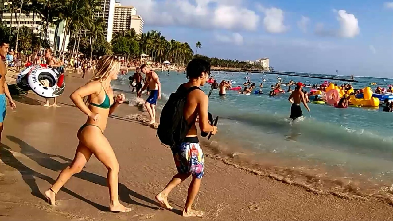 Wild Pool Float Party At Waikiki Beach For Spring Break 2017 Honolulu Hawaii