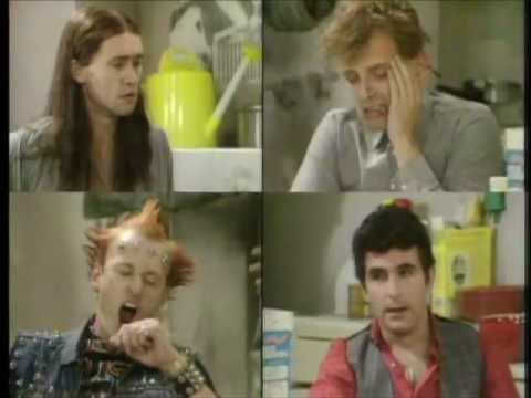 18 Minutes Of The Young Ones Insanity