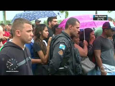 Sete pessoas são mortas durante baile funk em São Gonçalo, no Rio | SBT Brasil (11/11/17)