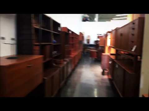 Mid Century Modern Furniture Shop In Berkeley, California 4K