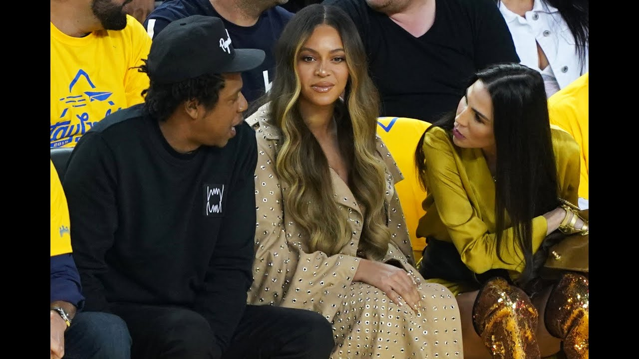 The truth behind the viral photo of Beyonc, Jay-Z and the Golden State Warriors owner's wife