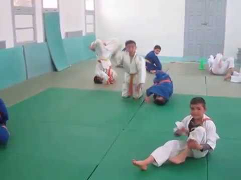 Exercice De Souplesse Pour Poussins Judo Youtube