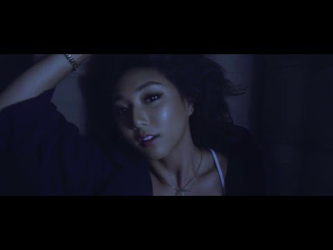 CLARA - Electric (Official Video)