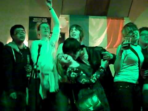 Morals Karaoke Paddy's day - Wheatley Crew - Living on a Prayer